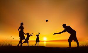 تفریح کردن با خانواده را در اولویت بگذاریم.